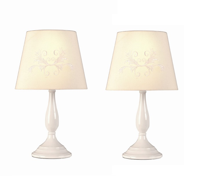 pair of classic white wood candlestick table lamps bedside lights w lampshades. Black Bedroom Furniture Sets. Home Design Ideas